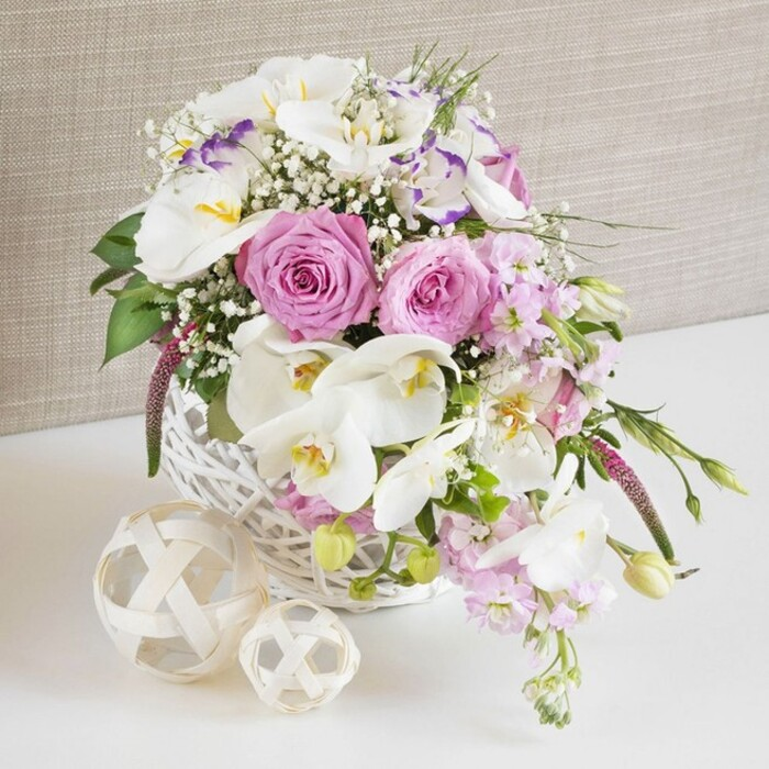 ORCHID, ROSE CENTERPIECE